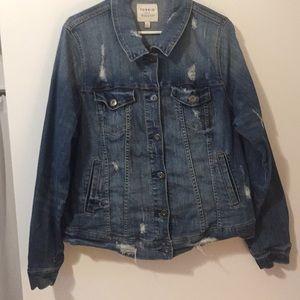 Torrid jean jacket size 2 medium wash distressed